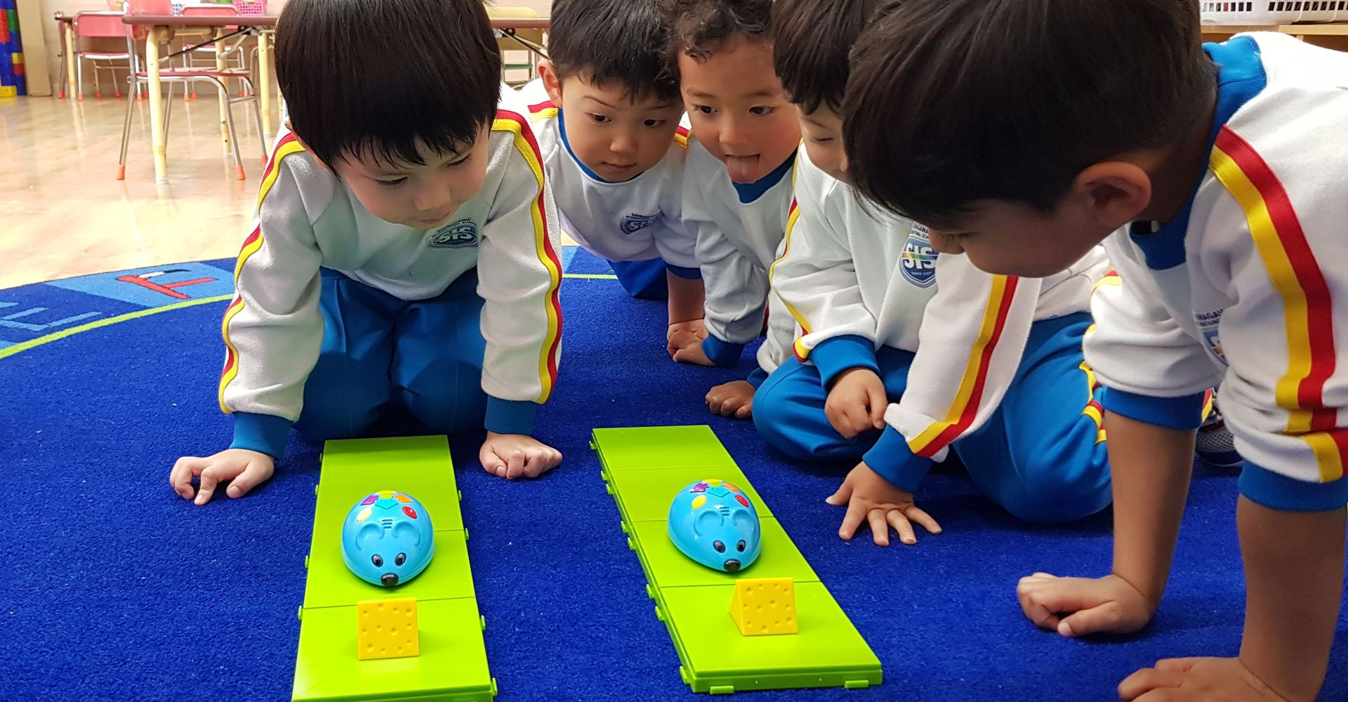 Students learn coding at Shinagawa International School